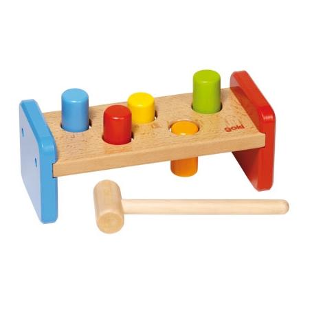 GOKI Zatloukačka dřevěná hračka